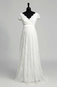 Elegant Scalloped V-neck Long Lace Maternity Wedding Dress