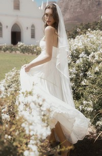 Adorable A-line Sleeveless Sweetheart Tulle Wedding Gown With Appliques And Ruffles