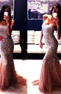 Champagne New Gorgeous Mermaid Strapless Prom Dresses Sleeveless Beadings Evening Gowns With Ruffles