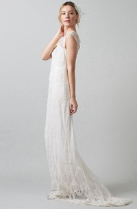 Sheath V-Neck Sleeveless Floor-Length Lace&Tulle Wedding Dress With Appliques And Illusion