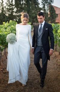 Simple Chiffon Sheath Bateau-neck Deep-V Back Bridal Gown with Chapel Train