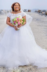 Gorgeous Plus Size Wedding Dresses 2018 Summer Lace Cap Sleeves A Line Beach Bridal Gowns With Pink Ribbon Sash Tulle Puffy Wedding Dresses