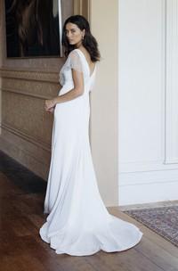 Illusion Beaded Sleeves Plunging V-neck Elegant Sheath Wedding Dress With Court Train