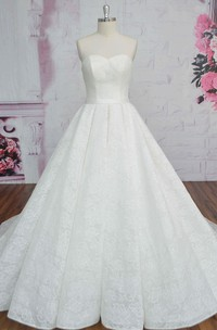Ballgown Sweetheart Lace-up Corset Lace Sleeveless Wedding Dress With Sash And Ruching