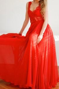 Chiffon Sleeveless Pleated Dress With Lace Top