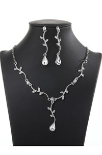 Modern Leaves and Pear Shape Rhinestone Necklace and Earrings Jewelry Set