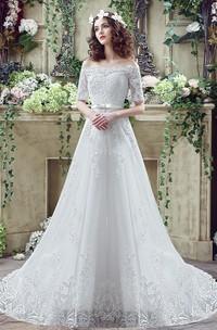 Elegant Off-the-shoulder Lace Appliques Wedding Dress 2018 Bowknot Lace-up
