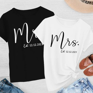 Mr and Mrs Gift for Couples Wedding Anniversary Matching T-Shirts